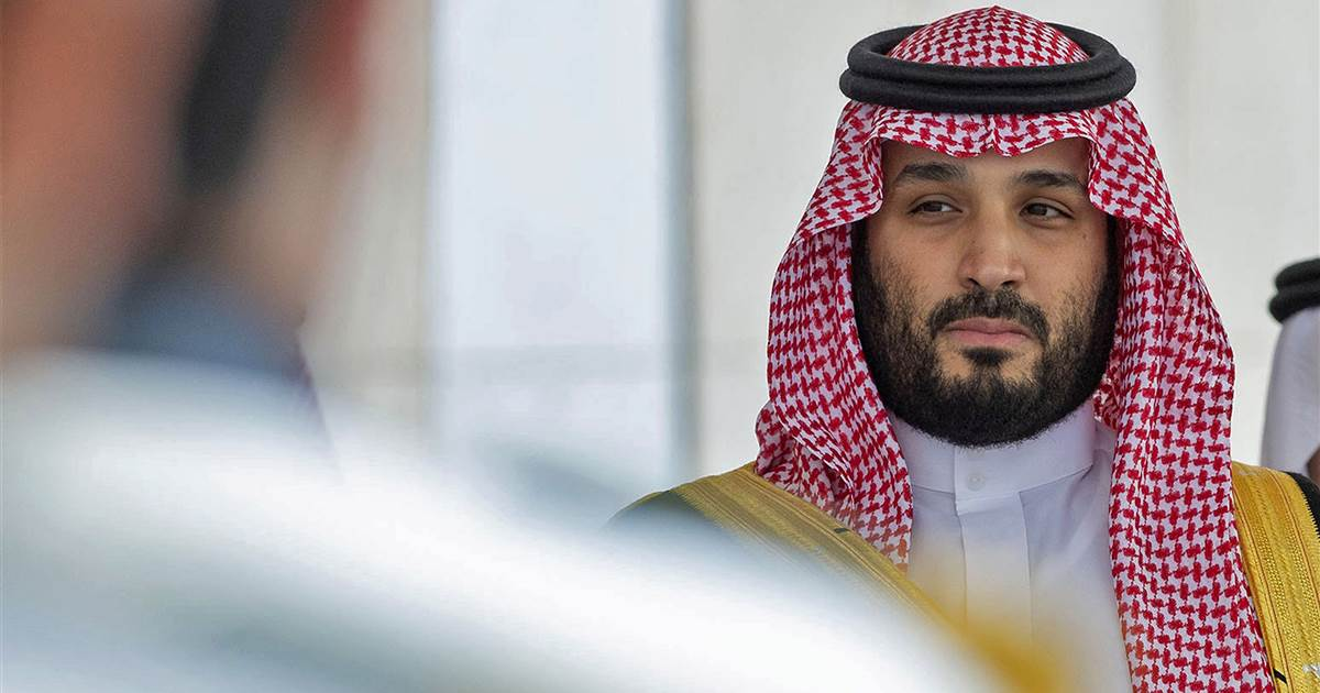 Saudi dissidents form pro-democracy political group in defiance of Crown Prince