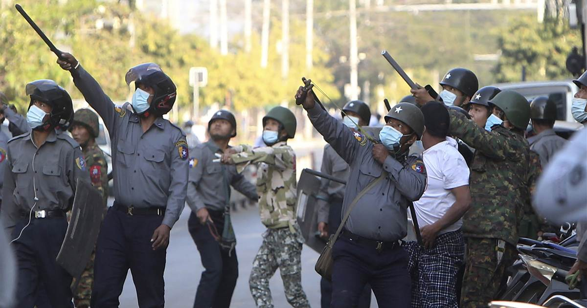 Myanmar crackdown deepens as pro-democracy protesters refuse to give up